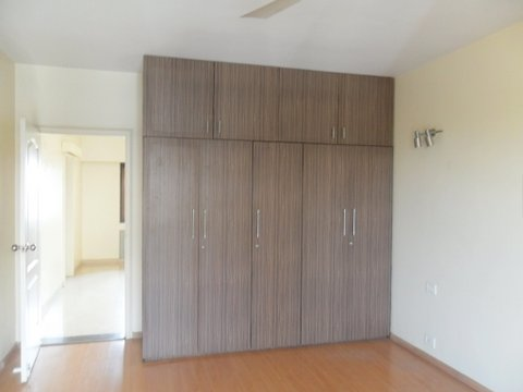 For Sale: 3 BHK Flat in Koregaon Park Annex   Satellite Towers, Pune