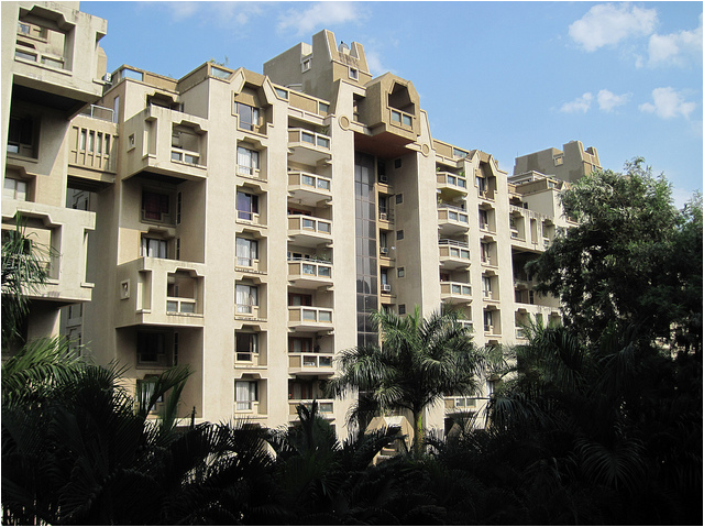 For Sale : 4 BHK Flat in  Koregaon Park Annex | Satellite Towers, Pune