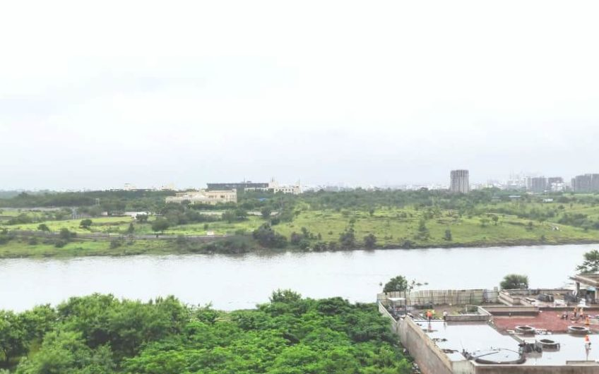 For Sale: 4 Bedroom Apartment in Eon Waterfront | Kharadi, Pune