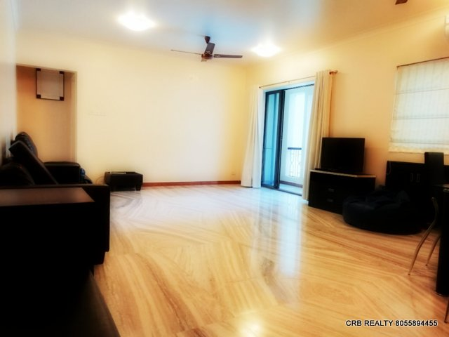 FOR RENT : WELL FURNISHED 2 BHK FLAT at WOODS | KOREGAON PARK, Pune