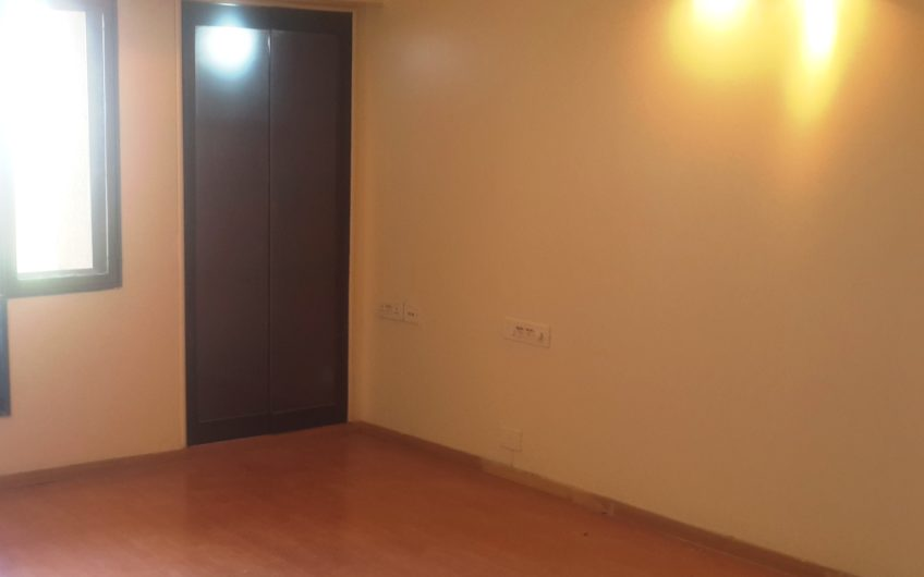 For Sale: 3 BHK Flat in Koregaon Park Annex | Satellite Towers, Pune