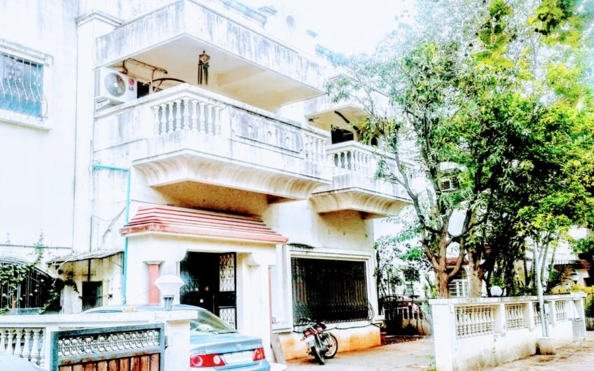 For Sale : 4 BHK Bungalow in Koregaon Park | Kumar Elite, Pune