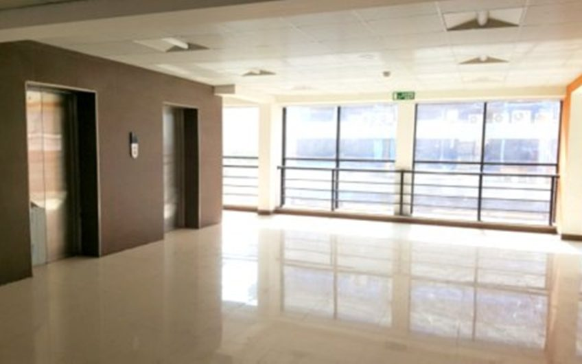 For Sale : Commercial Office in Boat Club Road   City Bay   Pune
