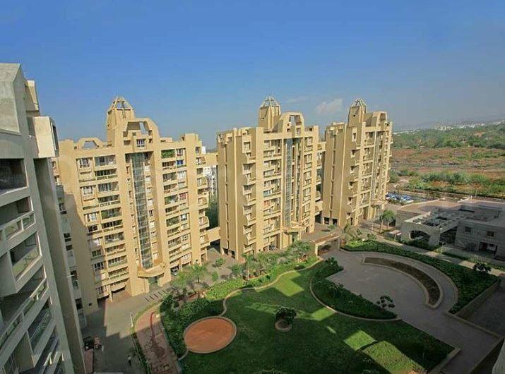 For Sale : 4 BHK Penthouse in Kalyani Nagar | Waterfront, Pune