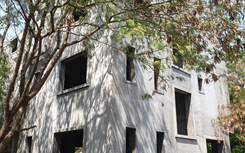For Sale: 5 Bedroom Bungalow in Kalyani Nagar | Kumar City |Pune