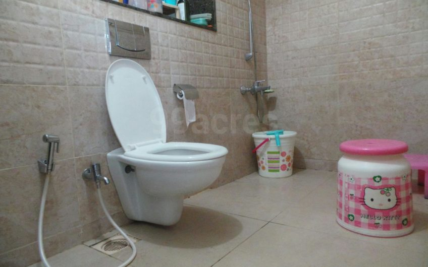 For Sale : 1 Bedroom Apartment   Magarpatta   Desire Tower, Pune