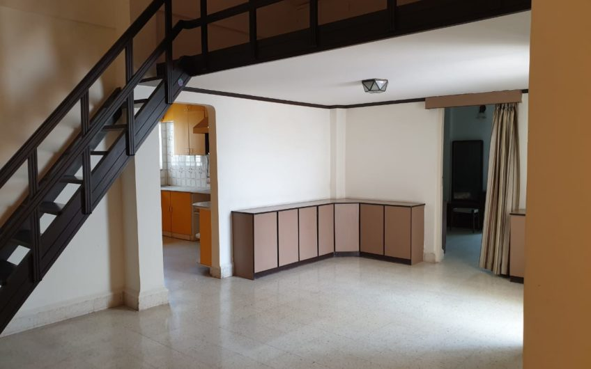 FOR SALE   3 Bedroom Penthouse Apartment at Gera Park   Boat Club Road , Pune