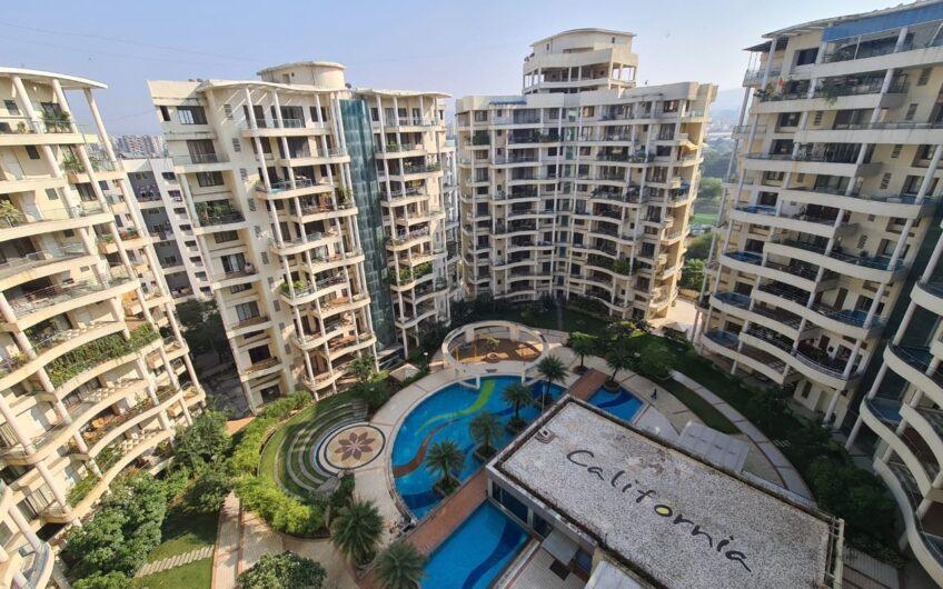 For Sale : 4 BHK Flat at NIBM Road | Ekta California, Pune